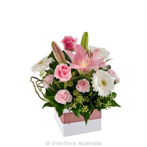 Pastel flowers mini box arrangement